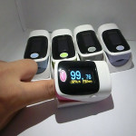 Finger Pulse Oximeter Fingertip Monitor Blood Oxygen SpO2 Monitor Health Care