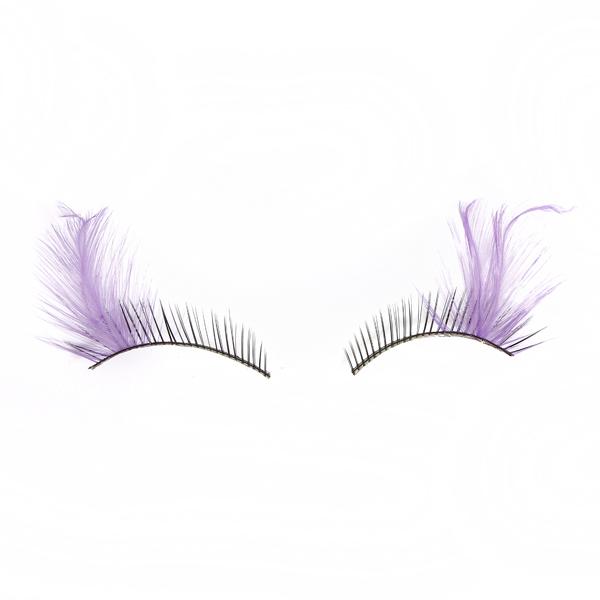 Exaggerate False Eyelashes Makeup