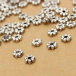 200pcs Tibetan Silver Daisy Spacer Metal Beads Jewelry Making Jewelry Design & Repair