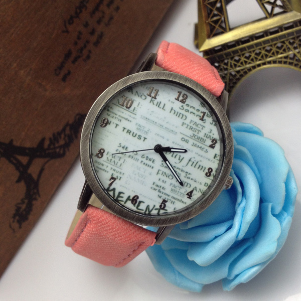 Vintage Letters And Numbers Printed Jean Band Quartz Watch Watch