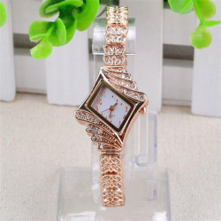 Women Gold Plated Set auger Bracelet Elegant Quartz Watch