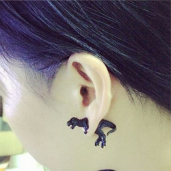 1pc 3D Black Animal Dinosaur Puncture Ear Stud Earring Unisex