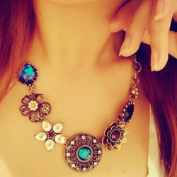 Bohemia Turquoise Crystal Flowers Bib Choker Statement Necklace