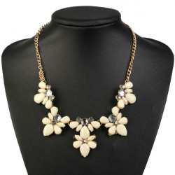 Crystal Flower Petals Bib Choker Pendant Statement Necklace