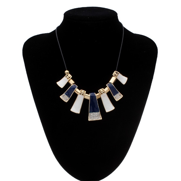 Crystal Leather Rope Irregular Geometric Pendant Statement Necklace Women Jewelry