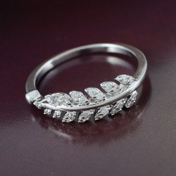 Elegant Silver Gold Plated Zircon Crystal Leaf Finger Ring For Women