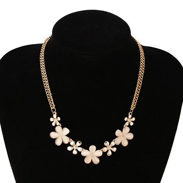 Gold Plated Flowers Opal Crystal Pendant Clavicle Necklace Women Jewelry