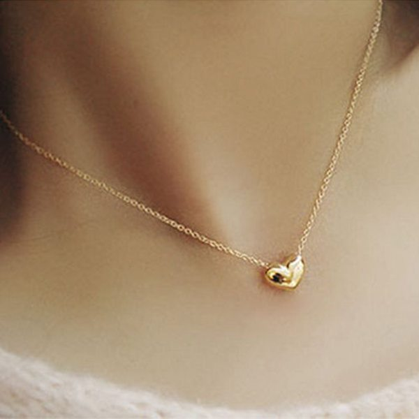 Gold Plated Heart Short Metal Chain Pendant Necklace For Women Women Jewelry