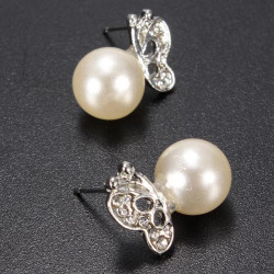 Lovely Silver Pearl Butterfly Ear Stud Earrings For Women