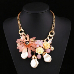 Resin Rhinestone Camellia Flower Clavicle Chain Statement Necklace