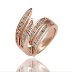 Rose Gold Plated Crystal Finger Rings Alloy European Women Jewelry