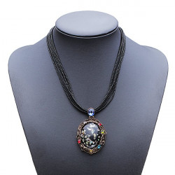 Vintage Crystal Carved Stone Beads Chain Pendant Choker Necklace