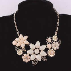 Vintage Crystal Flowers Choker Bib Statement Pendant Necklace