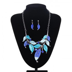 Vintage Metal Leaf Rhinestone Statement Necklace Earrings Jewelry Set