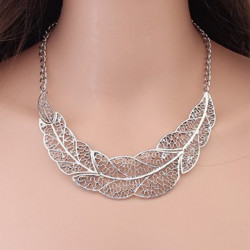 Vintage Silver Hollow Leaf Statement Collar Chain Pendant Necklace