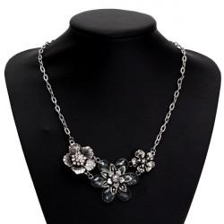 Vintage Silver Rhinestone Crystal Petal Flower Choker Necklace