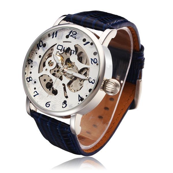 Швейцарские часы с большим циферблатом